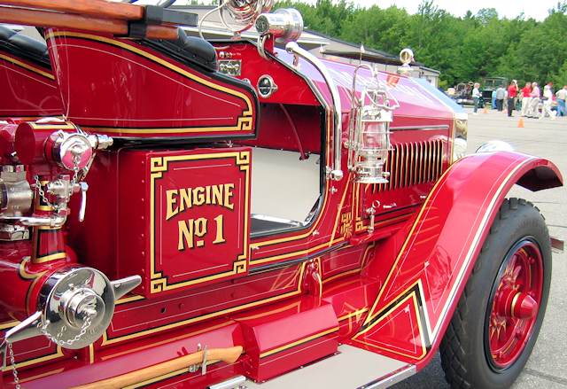 1926 Maxim fire engine displayed at the Owls Head Transportation Museum.